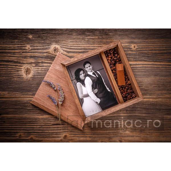 Cutie lemn (pătrat) stick + foto Model: CCALUNE